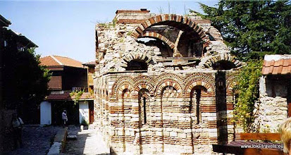 Photo: Nessebar, middeleeuws Byzantijnse kerkje | Mediaeval Byzantine church.  www.loki-travels.eu