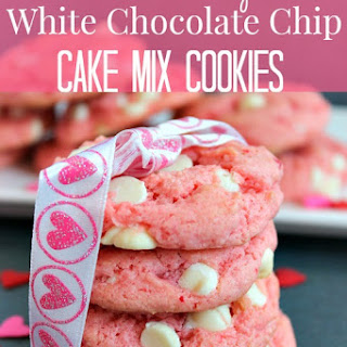 Strawberry White Chocolate Chip Cake Cookies