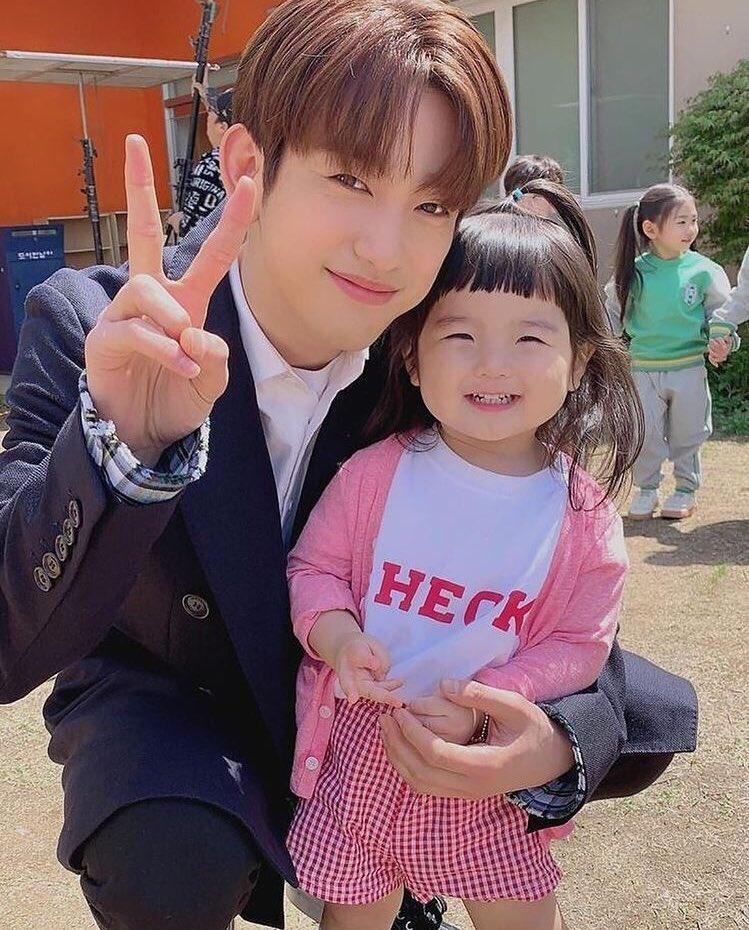 jinyoungboyfriend_10b