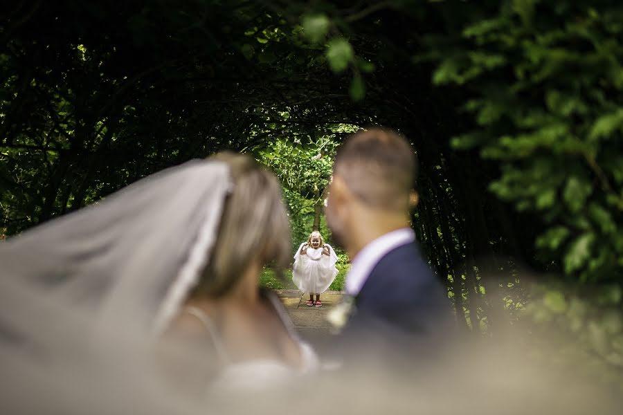 Wedding photographer Dan Morris (danmorris). Photo of 19.08.2019