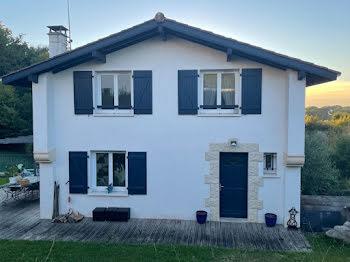maison à Saint-Pierre-d'Irube (64)