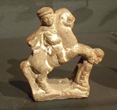 Photo: Macedonian cavalry in terracotta found in Egypt, 2nd-1st century BC.......... Macedonische ruiter in aardewerk uit Egypte, 2de-1ste eeuw v.C.