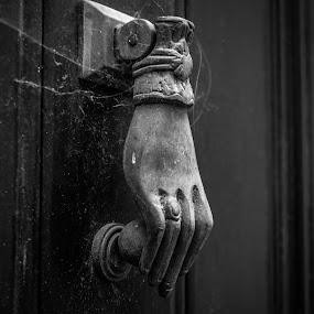 Um batente de porta  by Zulmira Relvas - Black & White Objects & Still Life (  )
