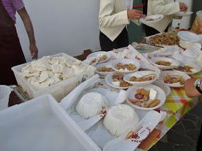 Photo: e degustazione prodotti locali