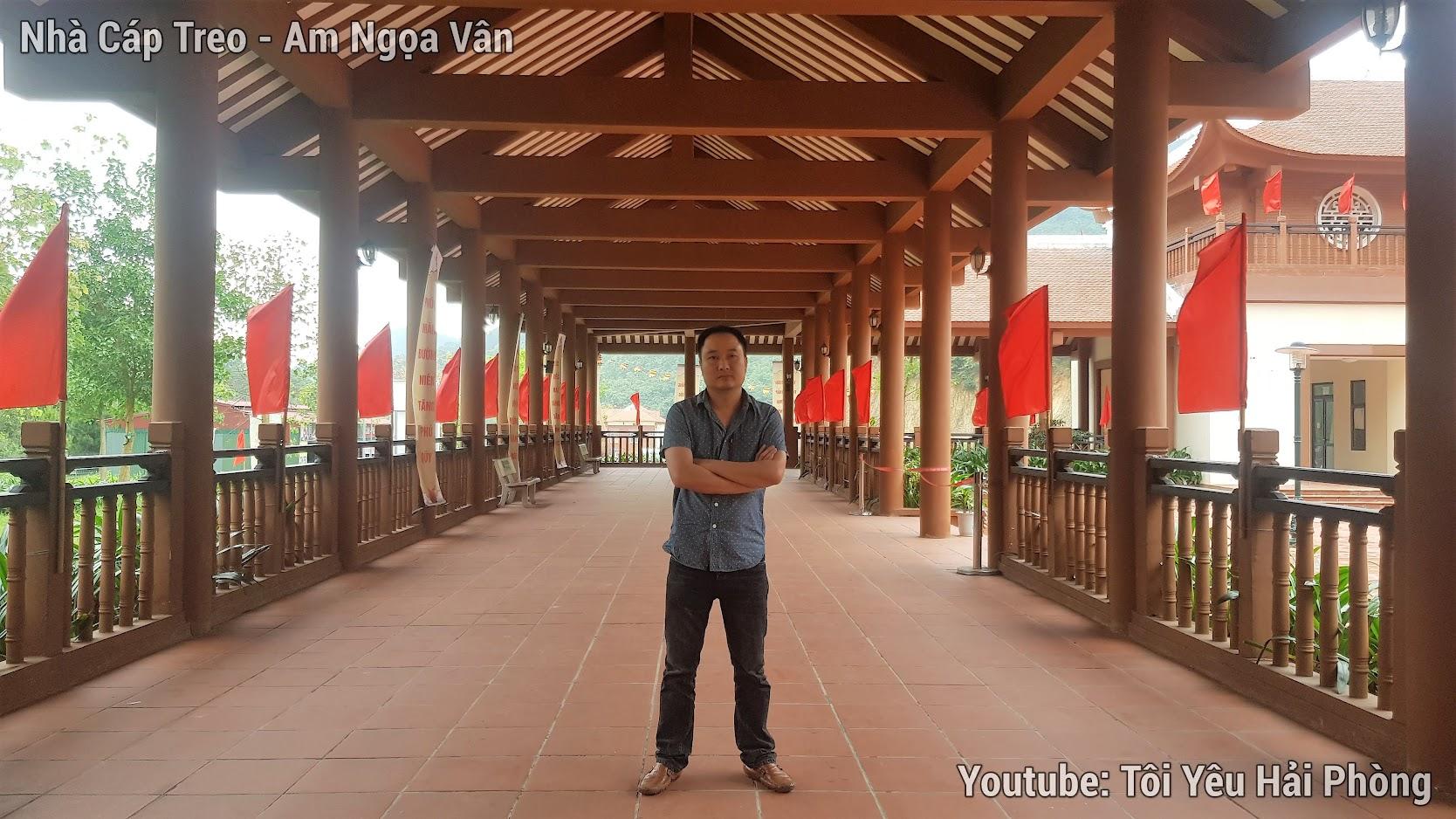 Leo núi tại Am Ngọa Vân đông chiều quảng ninh 9