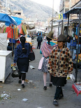 Photo: Local Peruvian Ladies at the market