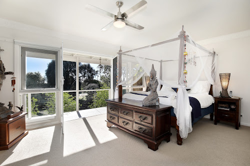 Photo of property at 30 Hearn Road, Mount Martha 3934