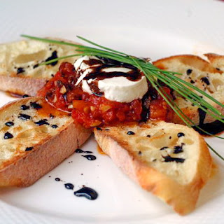 Roasted Tomato Jam and Goat Cheese Bruschetta with Balsamic Reduction