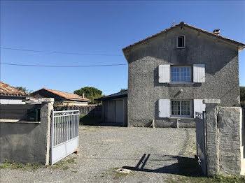 maison à Challignac (16)