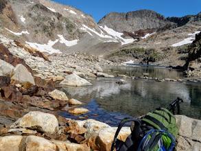 Photo: Lago de Literola, guardando verso il Col Inferieure, 2983m, (quello al centro con la neve).