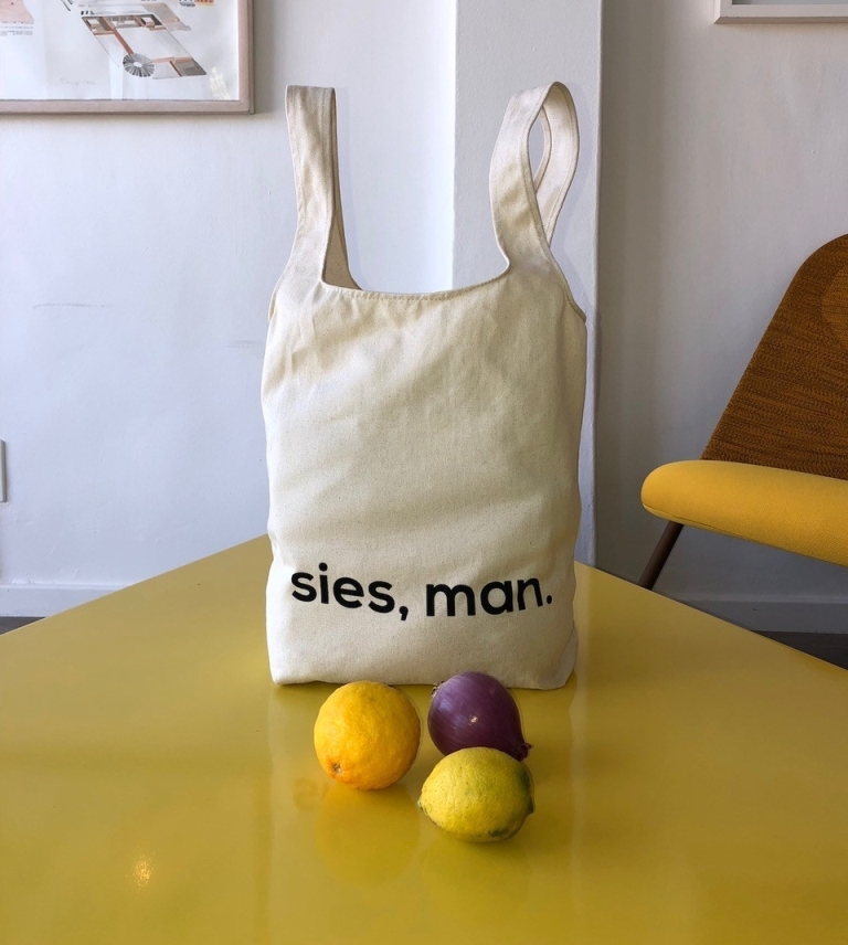 Mevrou & Co's 'Sies, man' shopping tote.