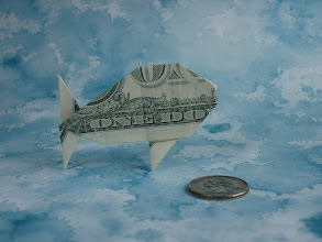 Photo: Model: Fish;  Creator: John Montroll;  Folder: William Sattler;  1 dollar;  Publication: Dollar Bill Animals In Origami (John Montroll) ISBN 0-486-41157-5