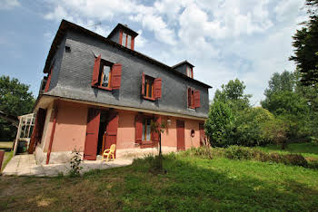 Maison 11 pièces 320 m2