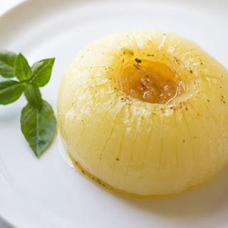 Classic Baked Whole Vidalia Onions.