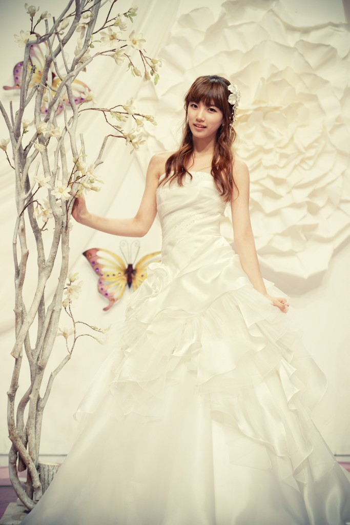 miss_suzy_wedding_dress