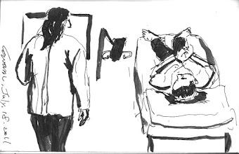 Photo: 做檢查2011.07.18鋼筆 難得又有機會帶客戶上醫院,當然要畫一張。
