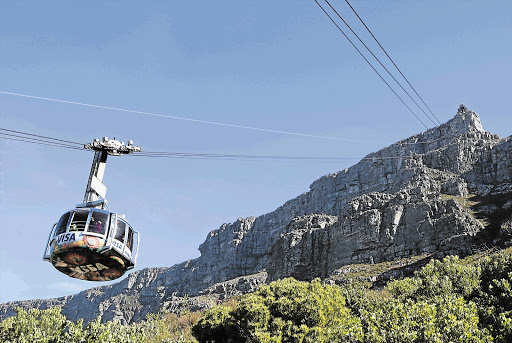 Load-shedding stranded hundreds of cableway visitors on Table Mountain - SowetanLIVE