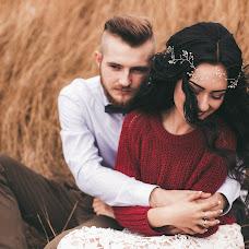Wedding photographer Viktoriya Dovbush (VICHKA). Photo of 03.11.2016