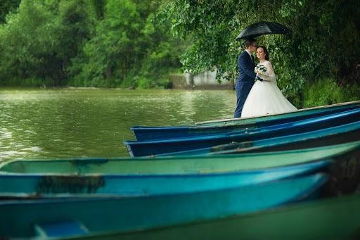 Wedding photographer Galina Arsenova (fotojunior). Photo of 14.09.2016