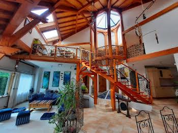 Maison 8 pièces 285 m2