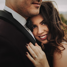 Wedding photographer Zagrean Viorel (zagreanviorel). Photo of 24.11.2017