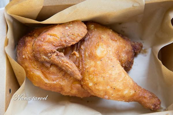 員林 炸雞的行家-半雞八兩。年輕人返鄉創業,炸雞皮薄鮮嫩多汁,中午就能吃的到