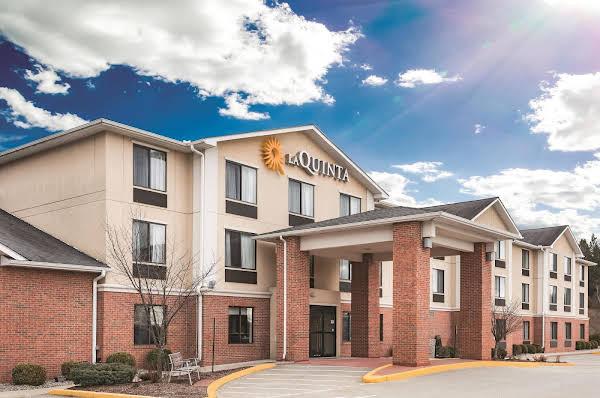 La Quinta Inn and Suites NorwichPlainfieldCasino