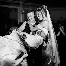 Wedding photographer Mikola Cimbalyuk (MikolaCimbal). Photo of 19.12.2018