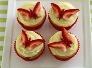 Strawberry Icecream Cupcakes Recipe