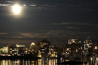 Photo: One more card for #PanoPoker: Moon theme before I call it a night. This was a view of Victoria, BC's Inner Harbour a couple of years ago. Thanks, +Mike Spinak and +Barry Blanchard for curating.  #moonlitmonday, curated by +Mark Upfield  #MoonMondays, curated by +sylvain roux and +Stephen Krieg
