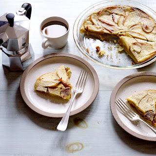 Cinnamon-Apple Soft-Oven Pancake.