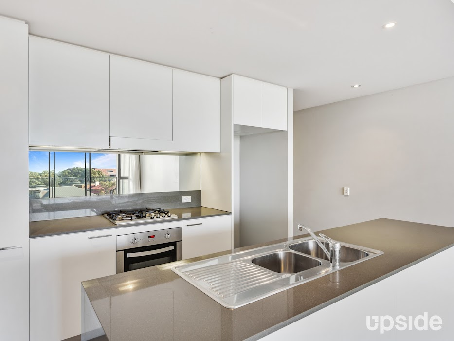 Main photo of property at 308/2-8 Pine Avenue, Little Bay 2036