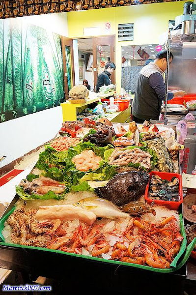 阿隆龜山島現撈海產