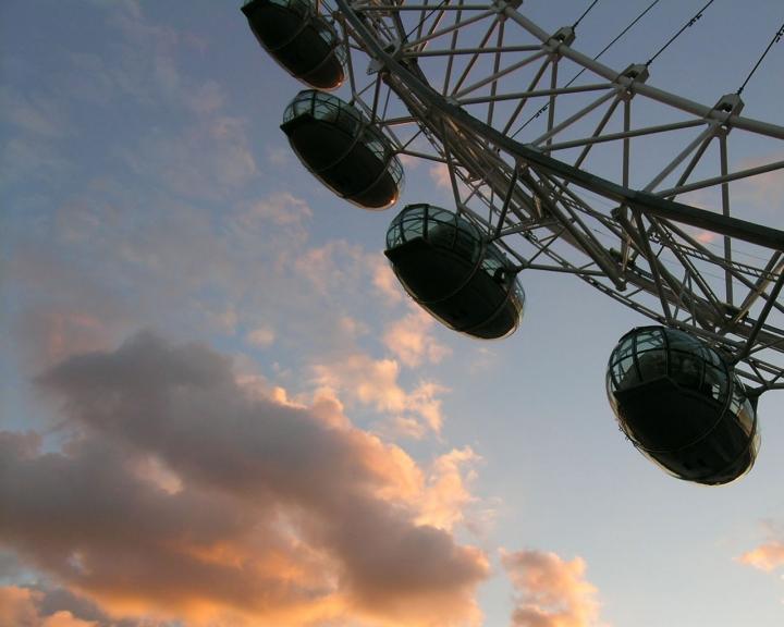 LONDON SKEYE di ollyv8