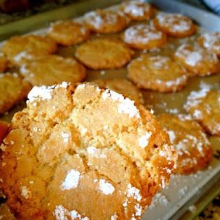 Ricciarelli Cookies with Orange Zest