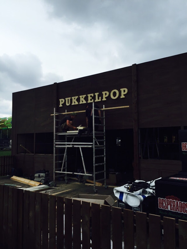 3D letters & logo's uit EPS en XPS - 3D gevelletters PUKKELPOP CAFE