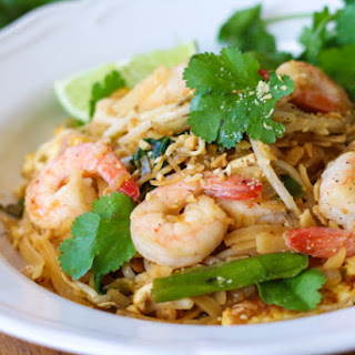 Easy Shrimp Pad Thai.