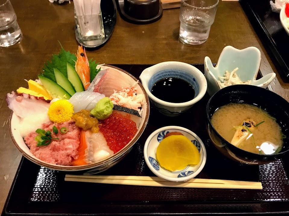 出雲道の駅キララ多伎 海鮮丼屋ごゑん