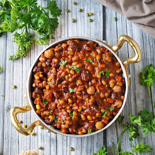 Slow Cooker Three Bean Stew With Cocoa.