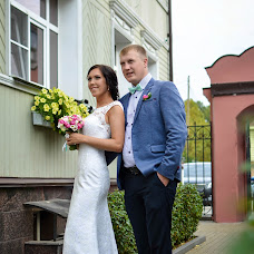 Wedding photographer Yuliya Shulzhik (sunshinefoto). Photo of 18.10.2015