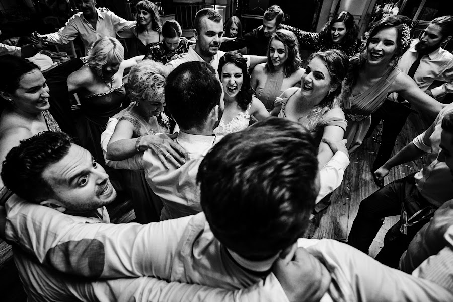 Wedding photographer Sabina Mladin (sabina). Photo of 09.01.2018