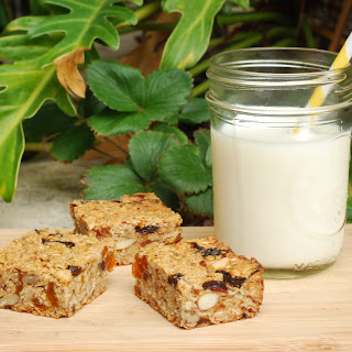 Deliciously Wholesome Granola Bars