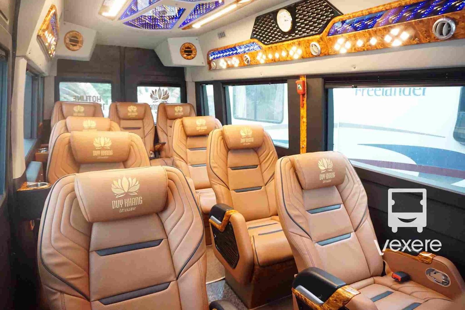 Nội thất xe Duy Khang Limousine đi Ninh Bình từ Hà Nội