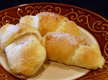 Raspberry Honey-walnut Crescent Rolls Recipe