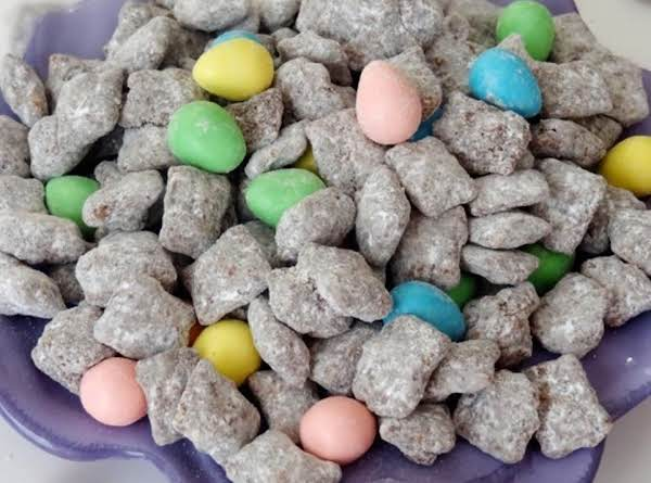 Reese's Easter Egg Puppy Chow Recipe