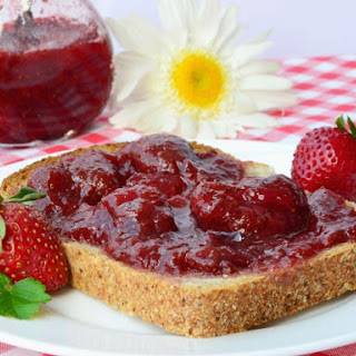 Slow Cooker Strawberry Preserves