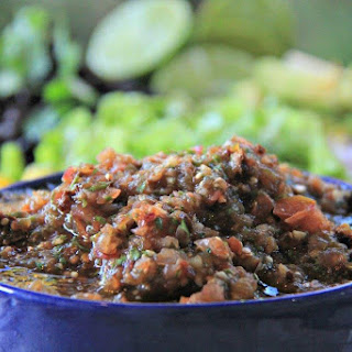 Quick Easy to Make Authentic Tomatillo Chipotle Salsa