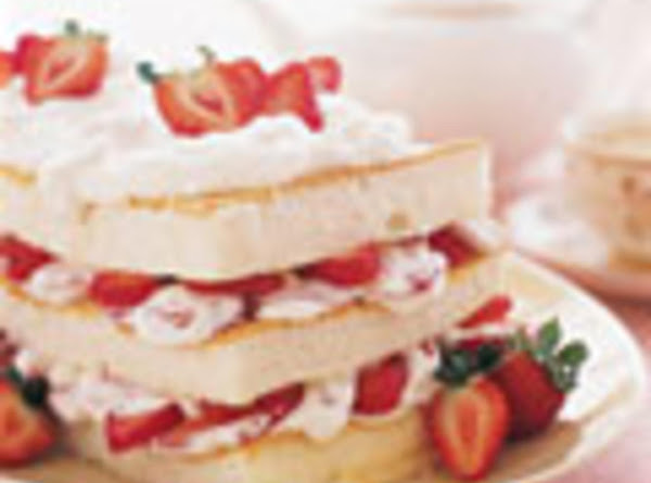 Angel Food Strawberry Layer Cake Recipe