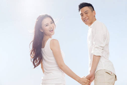 nhung-cap-vo-chong-hanh-phuc-nhat-thuong-co-4-dac-diem-nay