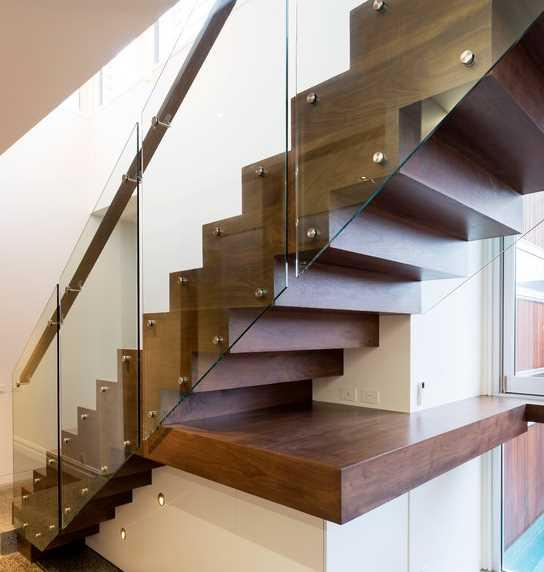 staircase design ideas screenshot